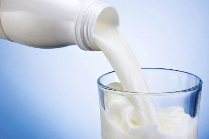 Απαντήσεις Καχριμάνη σε δημοσιεύματα για το γάλα