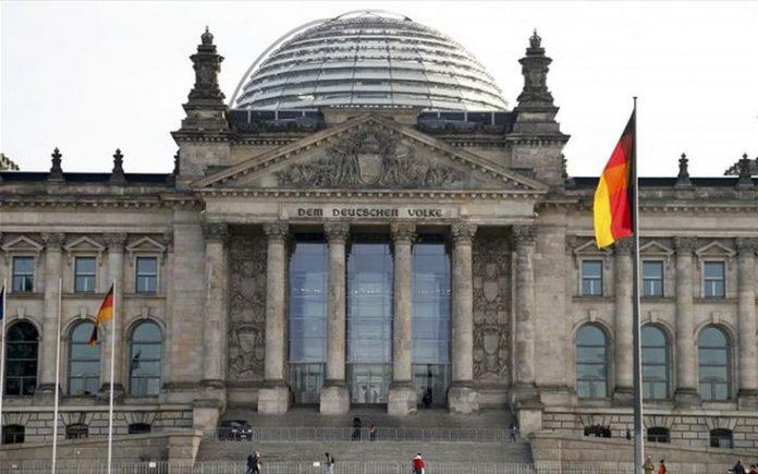 Το Βερολίνο επικύρωσε τη συμφωνία του Παρισιού για το κλίμα