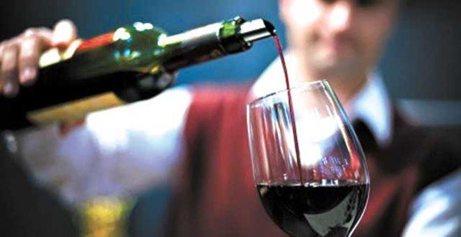 Σαρώνει η παράνομη διακίνηση κρασιού