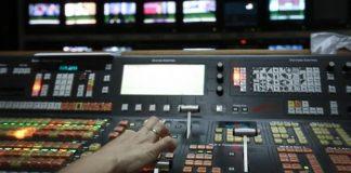 Μαραθώνια δημοπρασία για τις τηλεοπτικές άδειες