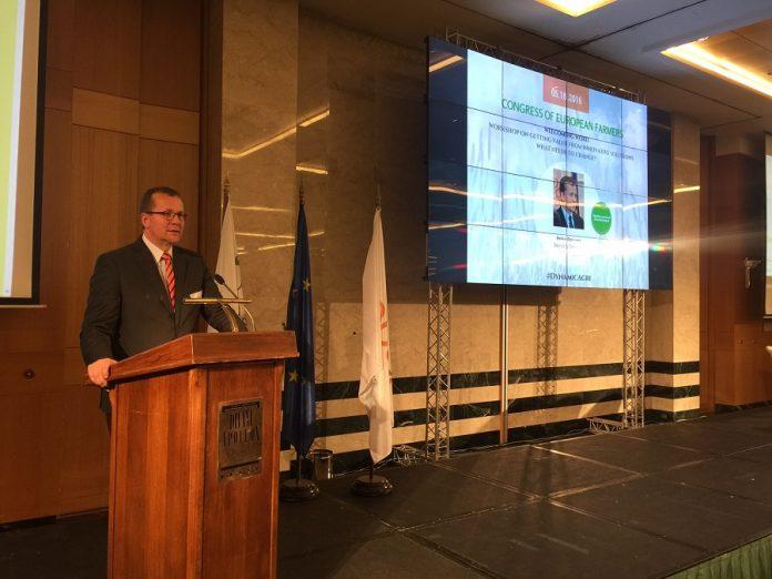 Pekaa Pesonen: Οι συνεταιρισμοί συντελούν στην αύξηση της αξίας των αγροτικών προϊόντων