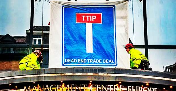 To Brexit δεν αποκλείεται να βάλει στο ψυγείο την TTIP