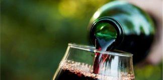 Στο τελευταίο στάδιο η επεξεργασία της τροπολογίας για την κατάργηση του ΕΦΚ στο κρασί διαβεβαιώνει ο Β. Αποστόλου