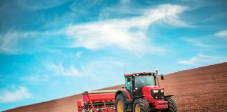 Aπό 86 ευρώ το μήνα ξεκινούν οι ασφαλιστικές εισφορές των αγροτών το 2017