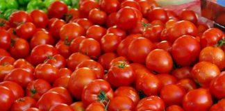 Δέσμευση 810 κιλών ντομάτας χωρίς σήμανση στον Πειραιά