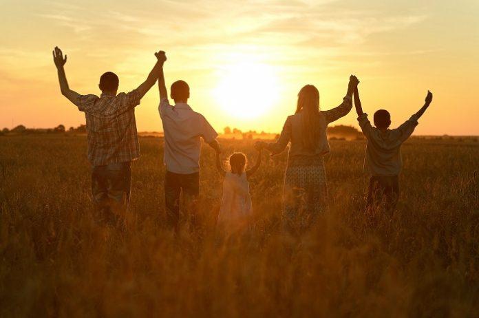 Μικρές και οικογενειακές οι αγροτικές εκμεταλλεύσεις στην ΕΕ