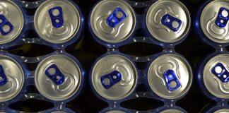 """Τα ενεργειακά ποτά """"κερδίζουν"""" τους καταναλωτές"""