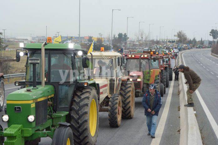 Βγαίνουν στους δρόμους σήμερα τα τρακτέρ στη Θεσσαλία