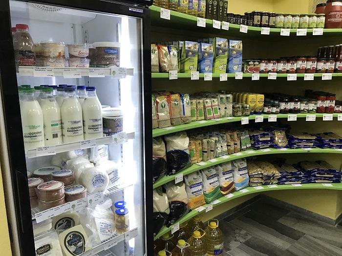 Έπεσε ο σπόρος για τη δημιουργία δικτύου συνεταιριστικών καταστημάτων αγροτικών προϊόντων