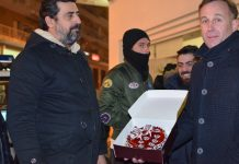 Τούρτα για τα δυο χρόνια του ΣΥΡΙΖΑ από τους αγρότες της Ανατολικής Μακεδονίας – Θράκης