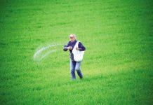 Η Ευρώπη βραδυπορεί στην καινοτομία για τα φυτοφάρμακα, λέει το ΕΚ