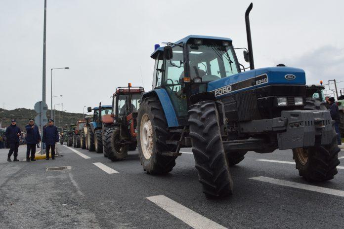 Την Τρίτη η έξοδος των τρακτέρ για τους αγρότες των Τεμπών