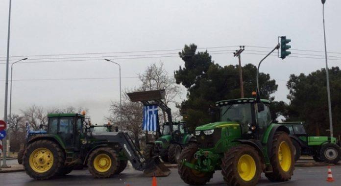 Αποχώρησαν από το αεροδρόμιο Μακεδονία και τα διόδια Μαλγάρων οι αγρότες