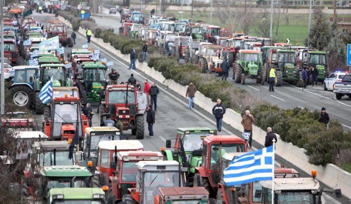 Στα Τέμπη την Κυριακή οι αγρότες, κλειστή για δύο ώρες η εθνική οδός