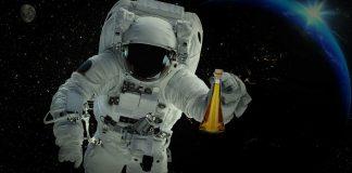 Από την Καλαμάτα στο διάστημα