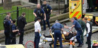 Τέσσερις άνθρωποι σκοτώθηκαν στο Λονδίνο - Προκρίνεται το σενάριο της τρομοκρατίας