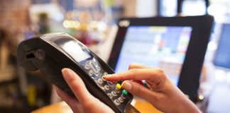 Στην ΑΑΔΕ τα στοιχεία για τις e-πληρωμές που κλειδώνουν το αφορολόγητο των αγροτών