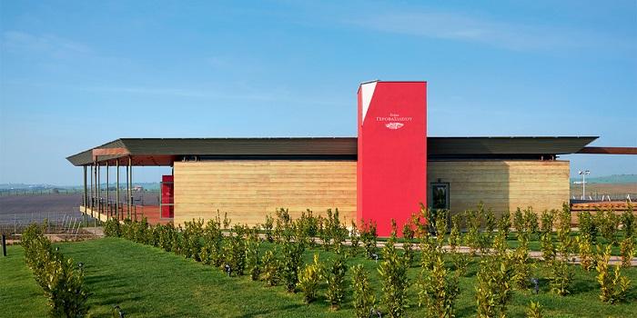 2.600 ανοιχτήρια ανοίγουν με στιλ το Μουσείο Οίνου