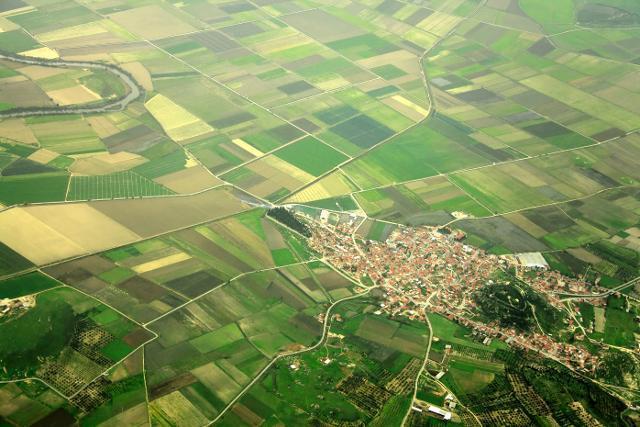 Πενήντα χρόνια ψάχνουν… οικισμό και αγροτεμάχια!