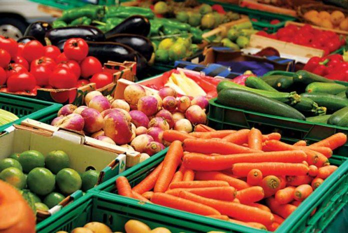 Δέσμευση 7,9 τόνων φρούτων χωρίς σήμανση στη περιοχή του Ρέντη