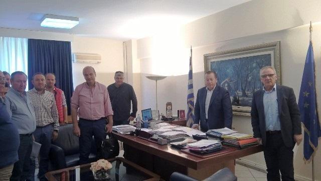 Συνάντηση Κόκκαλη με το Δήμαρχο Τυρνάβου και εκπροσώπους των αγροτών της περιοχής