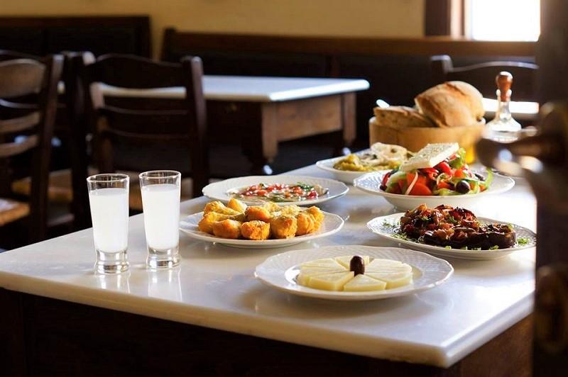 Το 1ο Lesvos Food Festival στον Μόλυβο είναι γεγονός!(Βίντεο)