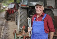 Έναντι 82 ευρώ το μήνα η εξαγορά πρόσθετου χρόνου ασφάλισης για τους αγρότες