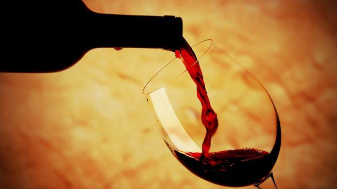 Φ. Αραμπατζή: «Μας τα ξαναείπατε κ. υπουργέ για τον ΕΦΚ στο κρασί!»
