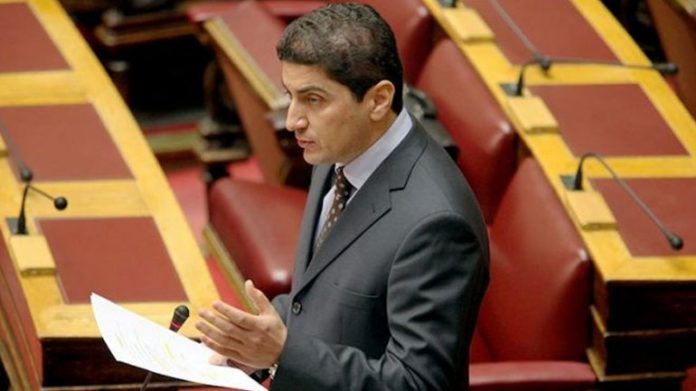 Λ. Αυγενάκης: «Στερούν κοινοτικούς πόρους από τους Έλληνες παραγωγούς»