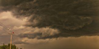 Έντονη επιδείνωση του καιρού από αύριο το βράδυ, με καταιγίδες και χαλάζι