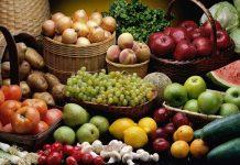 Γενικευμένη μείωση των τιμών παραγωγού, χαμένοι βγαίνουν και οι καταναλωτές
