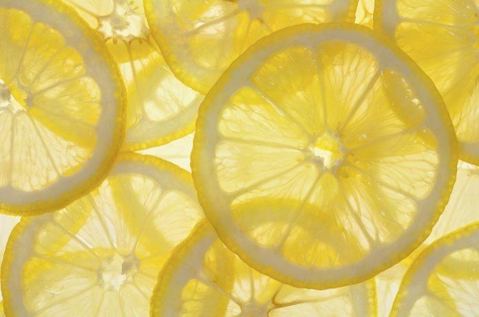 Διέξοδος για τους παραγωγούς η φύτευση νέων ποικιλιών λεμονιού