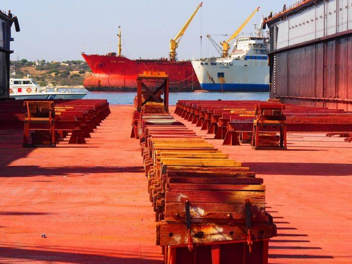 ΕΛΣΤΑΤ: Η μεγάλη αύξηση των εξαγωγών βελτίωσε το εμπορικό ισοζύγιο