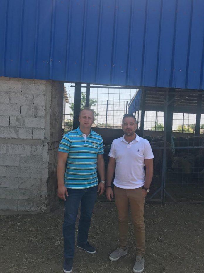Κατσιαντώνης σε Πρόεδρο Συλλόγου Κτηνοτρόφων Αμπελώνα: «Οφείλουμε να σας στηρίξουμε... αν θέλουμε να έχει εξέλιξη αυτή η χώρα»