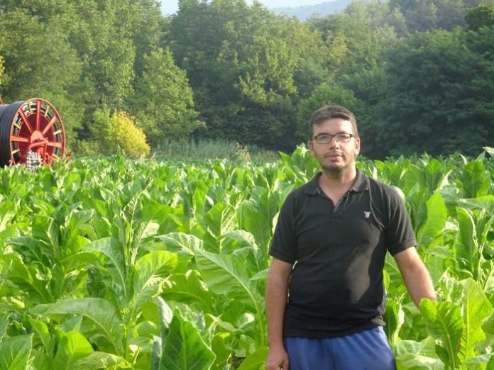 Ο δασολόγος από την Ξάνθη που βρήκε τον δρόμο του στο χωράφι
