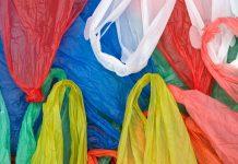 Με χρέωση τριών λεπτών οι πλαστικές σακούλες από το 2018