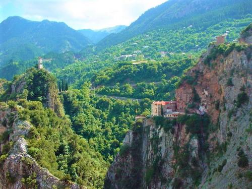 Δεκαπενταύγουστος στα μοναστήρια της Μεγαλόχαρης σε όλη τη Στερεά Ελλάδα