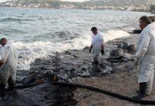 Πλήττονται οι ψαράδες του Σαρωνικού - κυβερνητική σύσκεψη για την πετρελαιοκηλίδα