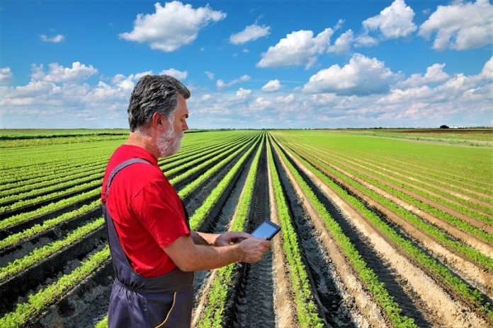 Σε διαβούλευση η ΥΑ για το Σύστημα Παροχής Συμβουλών στους αγρότες της χώρας
