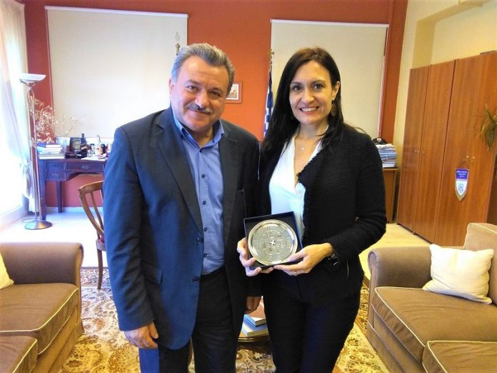 Με την Πρέσβειρα της Αργεντινής συναντήθηκε ο Περιφερειάρχης Ιονίων Νήσων