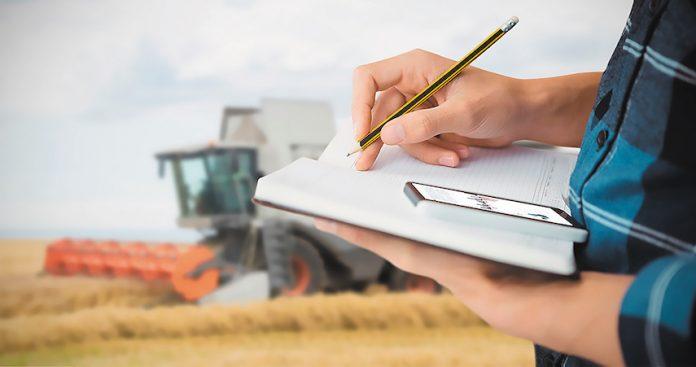 Ως «ρύθμιση-κοροϊδία» χαρακτήρισε η Πανελλαδική Επιτροπή των Μπλόκων (ΠΕΜ), την εξαγγελία της κυβέρνησης ΣΥΡΙΖΑ-ΑΝΕΛ για ρύθμιση των αγροτικών χρεών σε ασφαλιστικούς φορείς, εφορία και τράπεζες.