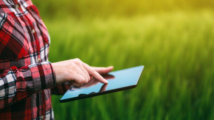 FarmHackNL: Οι συνεργασίες στον αγροτικό τομέα δημιουργούν τον «έξυπνο αγρότη»