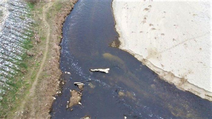 Έλεγχοι σε ποιμνιοστάσια και τυροκομεία για την ρύπανση του Τιταρήσιου ποταμού