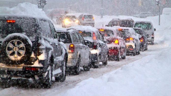 Επιδείνωση του καιρού με ισχυρές βροχές, καταιγίδες και χιονοπτώσεις