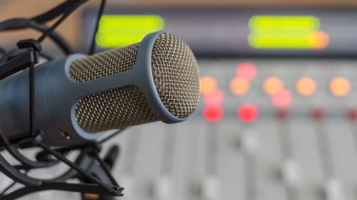 Ξεκινάει η διαδικασία αδειοδότησης για 1300 ραδιοφωνικούς σταθμούς