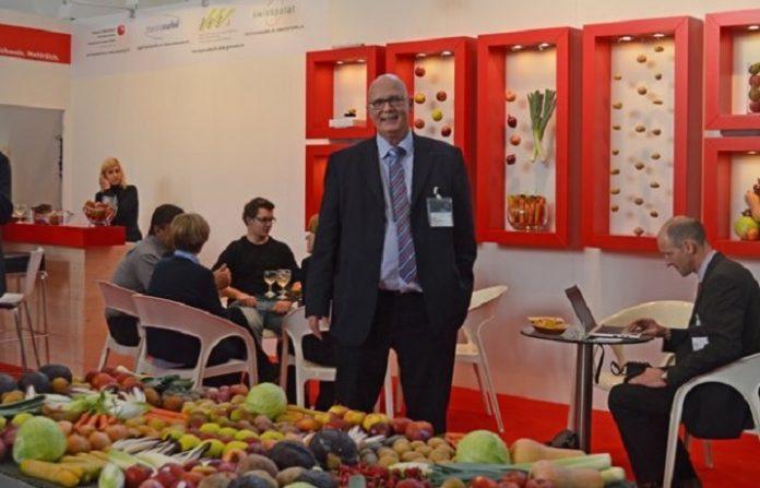 Ανοίγουν τα ελβετικά σύνορα για εισαγωγή 8.000 τόνων μήλου
