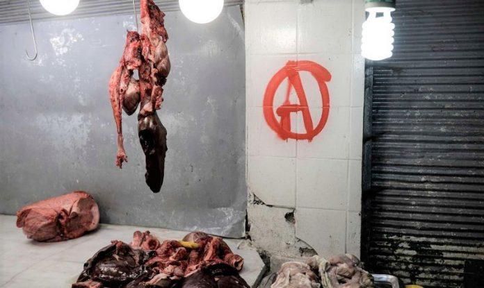 Επιθέσεις vegan αντιεξουσιαστών σε κρεοπωλεία στην Κυψέλη