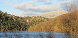 Παράδειγμα καλής πρακτικής οι πλωτές εξέδρες και πισίνες στη λίμνη Ζηρού