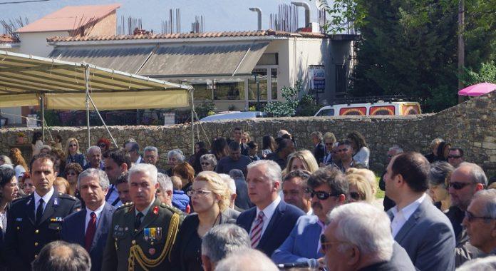 Πλήθος πιστών στον εορτασμό του πολιούχου Ελεούσας Αγίου Γεωργίου