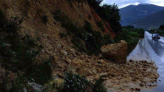 Σεετοιμότητα η Περιφέρεια Ιωαννίνων λόγω των κατολισθήσεων στην Πρέβεζα